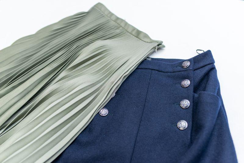 スカート<span>¥3,300~</span>